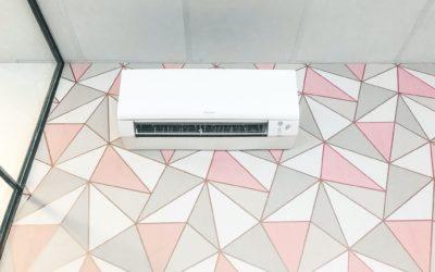 Installation de climatisation multi split réversible de Marque Daikin dans le local à Antibes